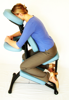 4967_massage_chair_seated