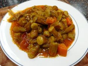 5032_bamyes-me-saltsa-okra-in-tomato-sauce