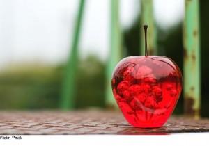 5158_applesglass