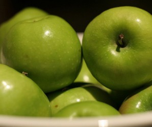 5459_green-apple-for-health