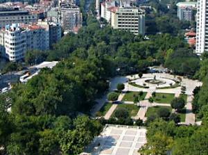 5973_sky_view_from_taksim_gezi_park,_istambul,_turkey.