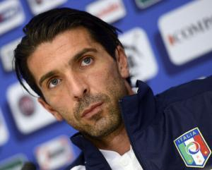 Gianluigi+Buffon+Italy+Training+Session+Press+5tvVYJ5Sy8nl