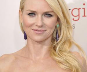 Naomi Watts (wearing Irene Neuwirth earrings) at arrivals for 18th Annual Critics' Choice Movie Awards, Barker Hangar, Santa Monica, CA January 10, 2013. Photo By: Dee Cercone/Everett Collection