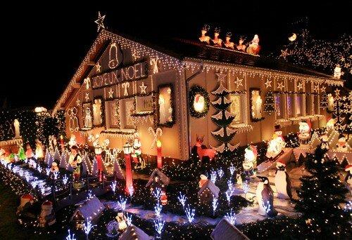Noel ve y lba aras ndaki fark nedir bilgiustam for Maison decoree noel exterieur