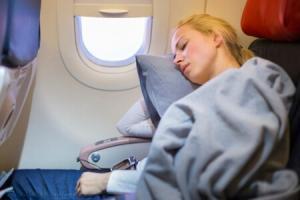 8500_450-89333091-woman-sleeping-with-blanket