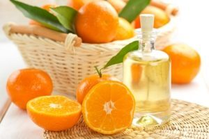 8512_300-22726958-tangerine-essential-oil