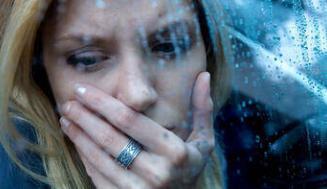 Disfori Nedir, Belirtileri Nelerdir, Nasıl Tedavi Edilir?