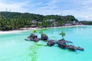 Tropical Islands You May Want to Visit During and After the Pandemic
